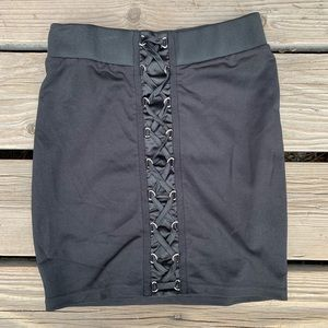 Windsor black mini lace up skirt size small